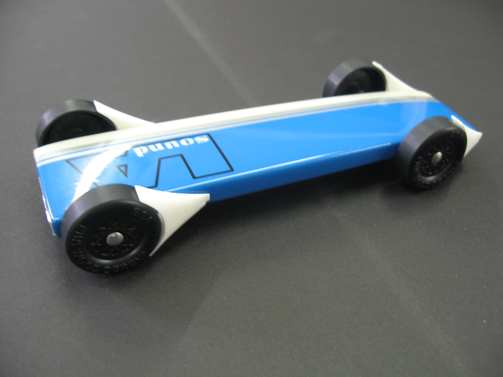 Best aerodynamic design for pinewood derby car cars
